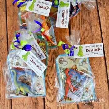 75 Non Edible Loot Bag Ideas For Kids Parties