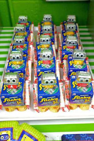 Top Robot Party Favors Kids Will Love